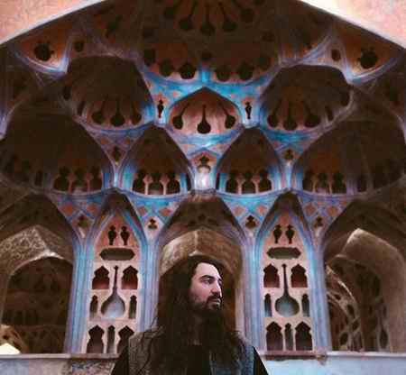 دانلود آهنگ امیر عباس گلاب از تو ممنونم